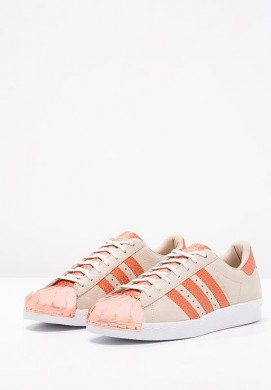 Zapatillas adidas Originals SUPERSTAR 80S METAL TOE brown/blanco